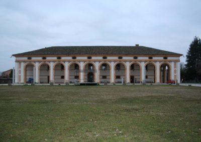 Barchessa di Villa Pola, vista da est